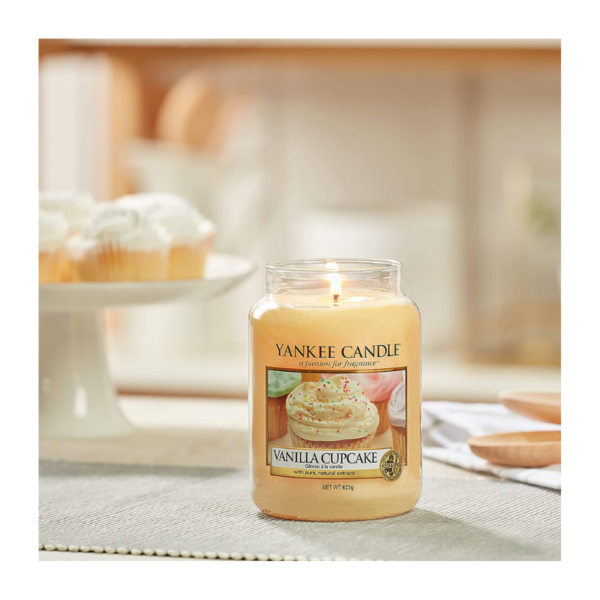 Yankee Candle Vela En Tarro Vanilla Cupcake 623gr